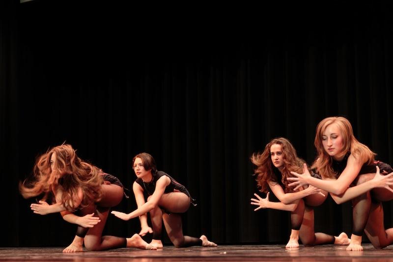 2015. Ballet Schule Spiegel.